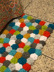 Easy to Make Crochet Rose Rug 2